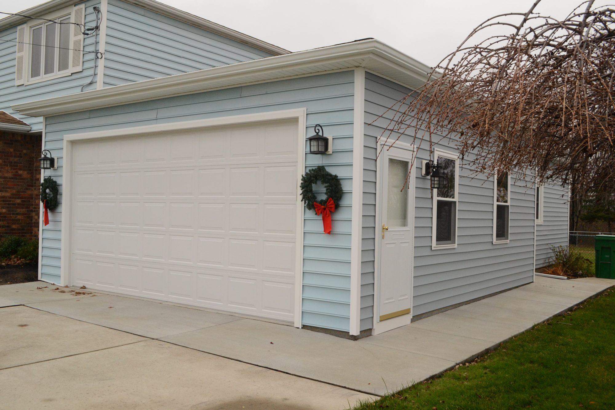 amarr on mo of doors good barn kansas tan garage city raynor ideas by door pin great